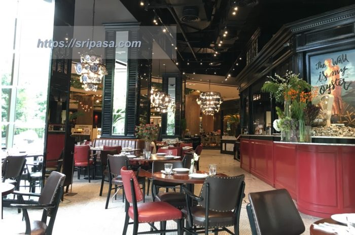 Another Hound Cafe(Siam Paragon)の内観