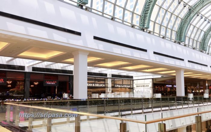 mall of the emirates ディーンデルーカ