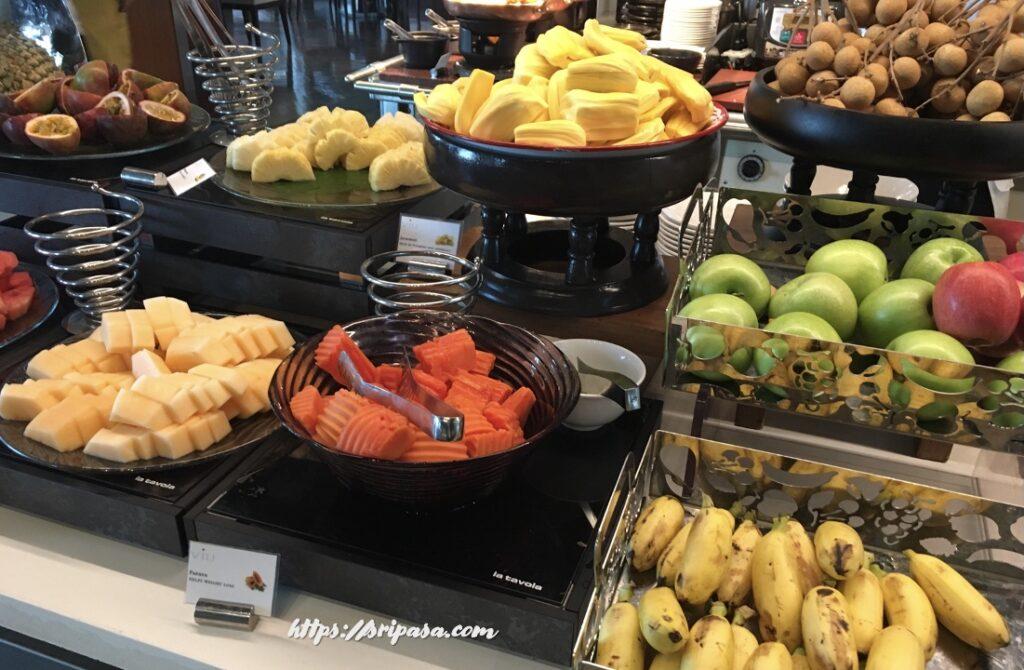 タイの果物(ホテルビュッフェ)